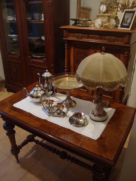 Antik am grudenberg tische for Angebote tische